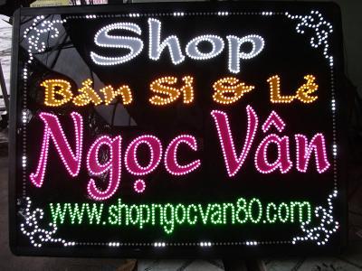 Bảng hiệu Shop Ngọc Vân  nghệ thuật