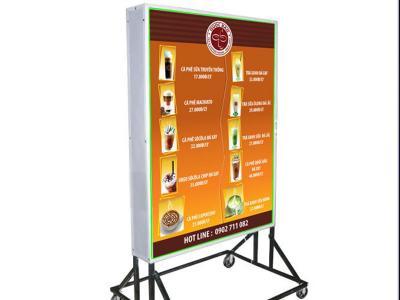 Bảng hiệu quảng cáo hộp đèn  phá cách